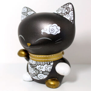 Mani the lucky cat noir et or, profil
