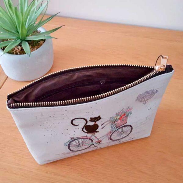 Pochette Chat sur un vélo Bug Art