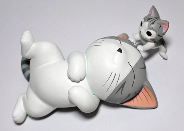 """Le ronronnement : figurine de chat """"Chi"""""""